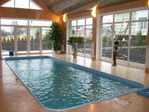 плавательній бассейн под клюс